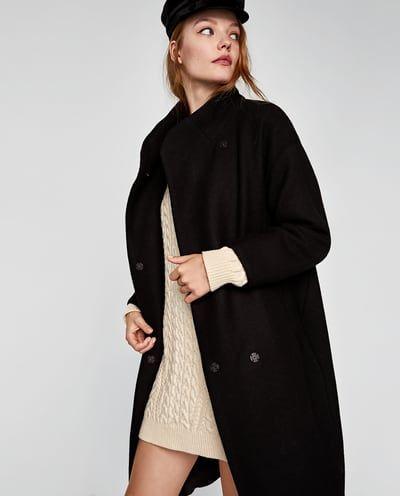 Abrigo negro mujer oversize