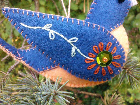 Wool Felt Bluebird Ornament Felt Bird por PatriciaWelchDesigns