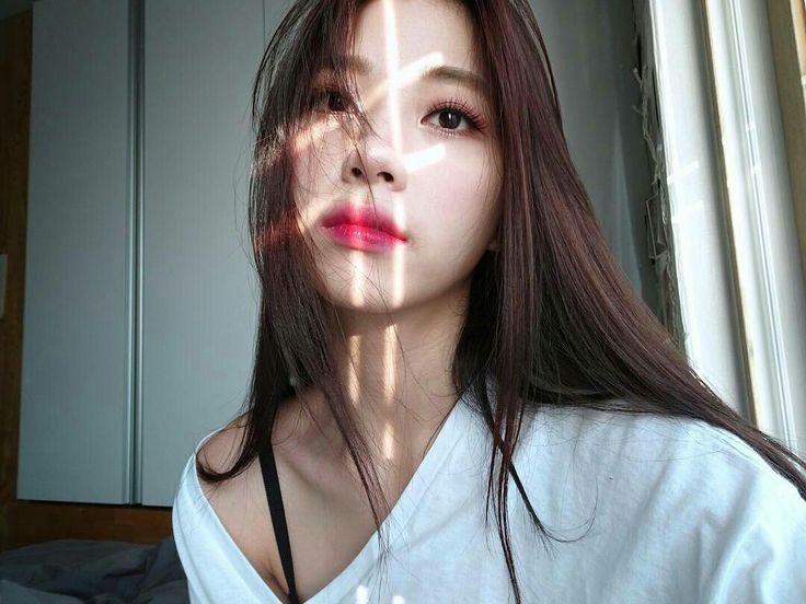 Actress JYP's RyuWon