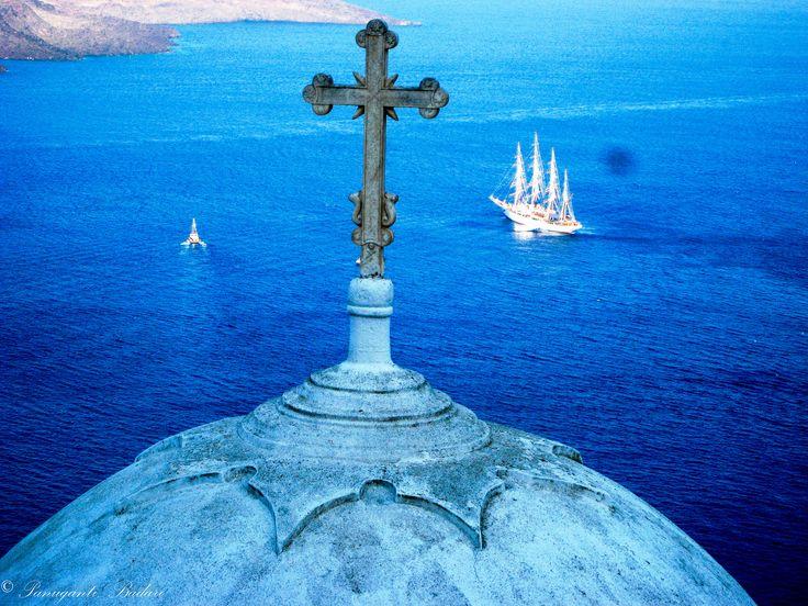 Santorini https://www.flickr.com/photos/shutterstuman/18977481831/