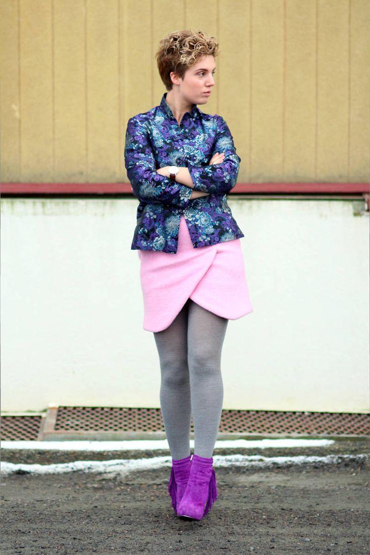 Iben Bergstrøm in grey wool tights, cross cut pink skirt ...