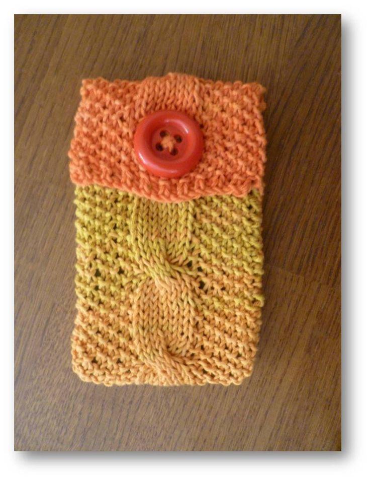 Hand knitted eyeglass case