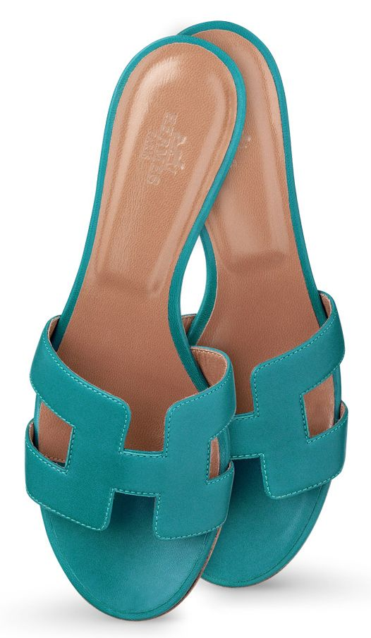 Hermes - Oasis sandals in turquoise nappa leather.