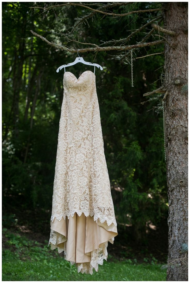 Fields at Blackberry Cove Wedding, Asheville Wedding, Hendersonville Wedding, Mountain Wedding, Rustic Lace Wedding Dress photographed by Jenny Tenney