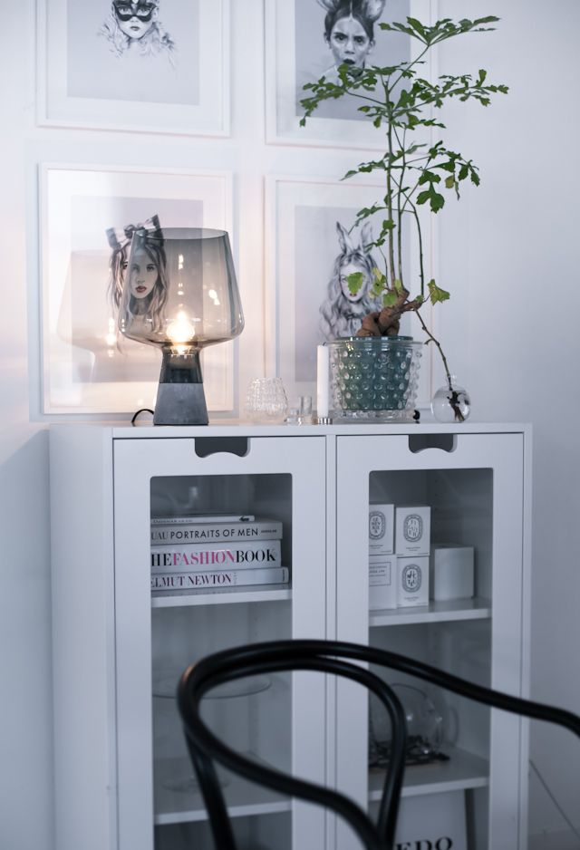 Snow E cabinet by Jonas Bohlin and Thomas Sandell from Asplund and Leimu lamp by Magnus Pettersen from Iittala