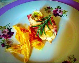 Francy non solo torte: Fagotti di pollo con fiori e pancetta