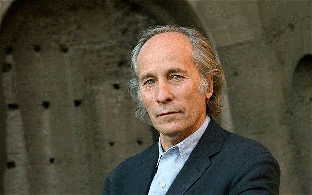 Richard Ford features Hotel Monteleone in his first novel, A Piece of My Heart.