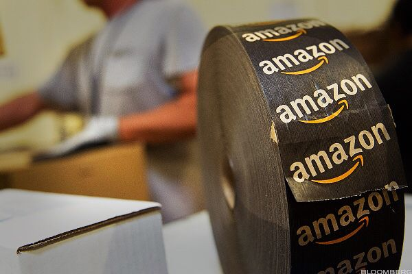 Why #WallStreet Is Suddenly Scared of #Amazon  #business  https://www.thestreet.com/amp/story/14352976/1/amazon-stock-price-weakness.html?utm_campaign=crowdfire&utm_content=crowdfire&utm_medium=social&utm_source=pinterest  What's worth $472 billion and is not playing in the latest leg of the epic bull market? That would be Amazon (AMZN) .   Shares of the digital destroyer are only up 1.5% over the last three months, lagging the Dow's 6.7% gain. During the last five sessions alone Amazon's…