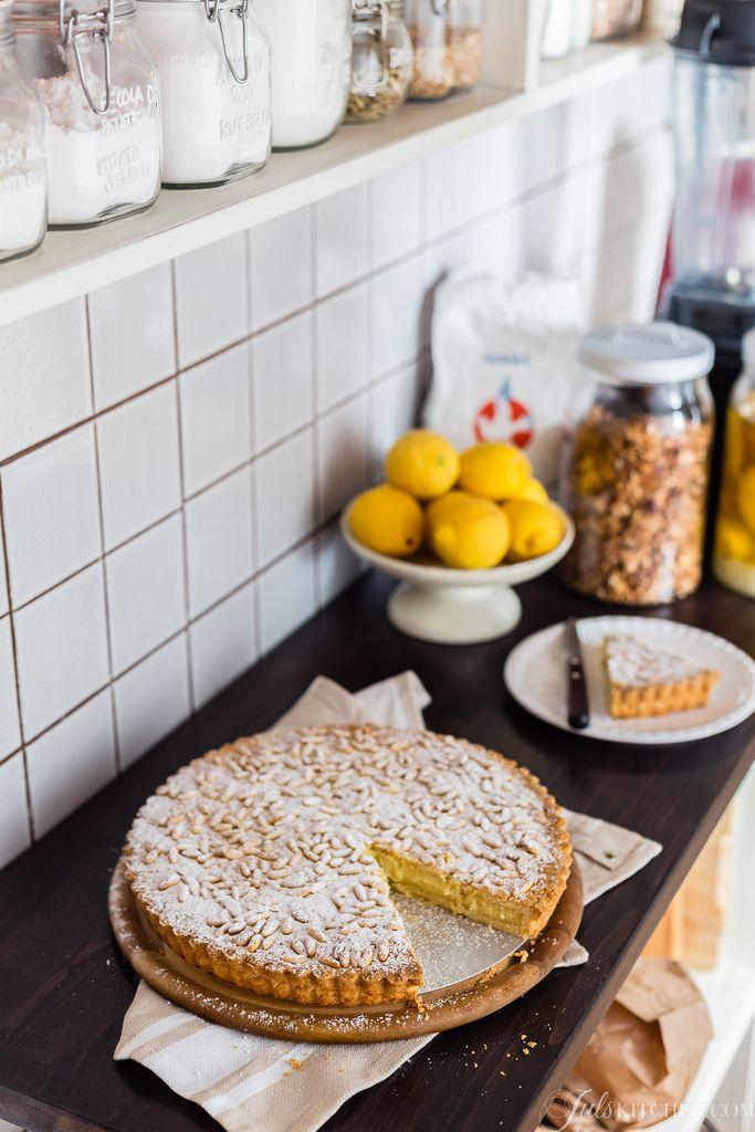 What a Juls Kitchen cooking class tastes like: Torta della nonna