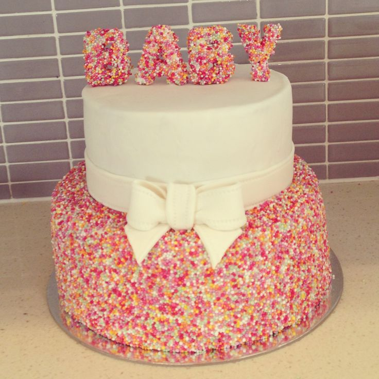 Baby Sprinkle Cake ok this one is cute! With blue and green if it's a boy!