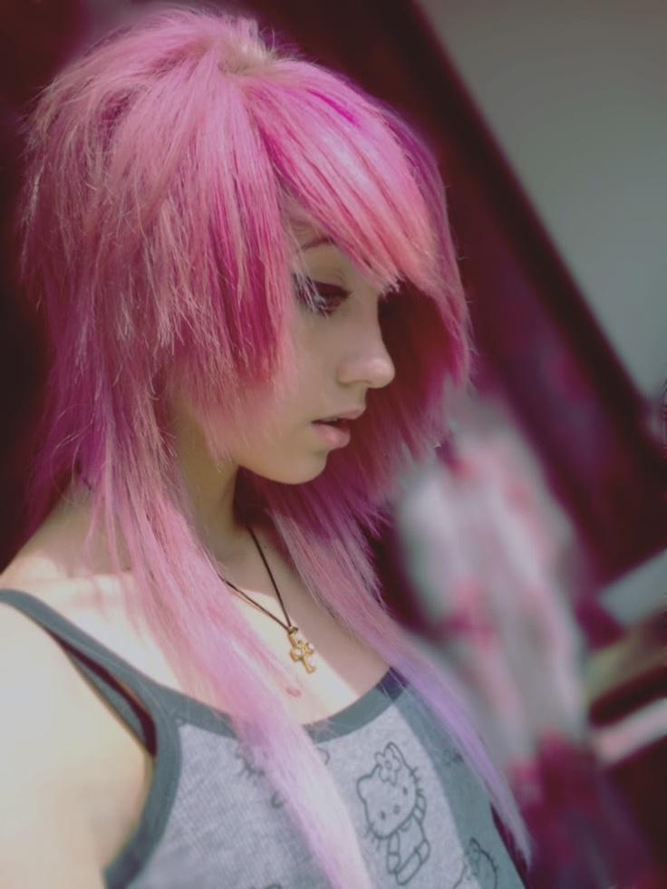 Картинки эмо с розовым волосом