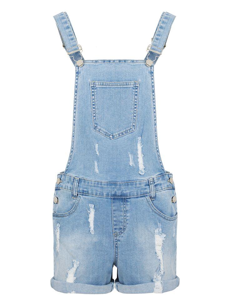 DORRIT TUTA JEANS SHORT BLUE Salopette tuta di jeans a pantaloncino in denim chiaro con strappi. Chiusura con bottoni laterali; tasche posteriori, laterali e taschino frontale. Vestibilità regolare, veste la taglia indicata. Composizione: 98% cotone, 2% elastan.