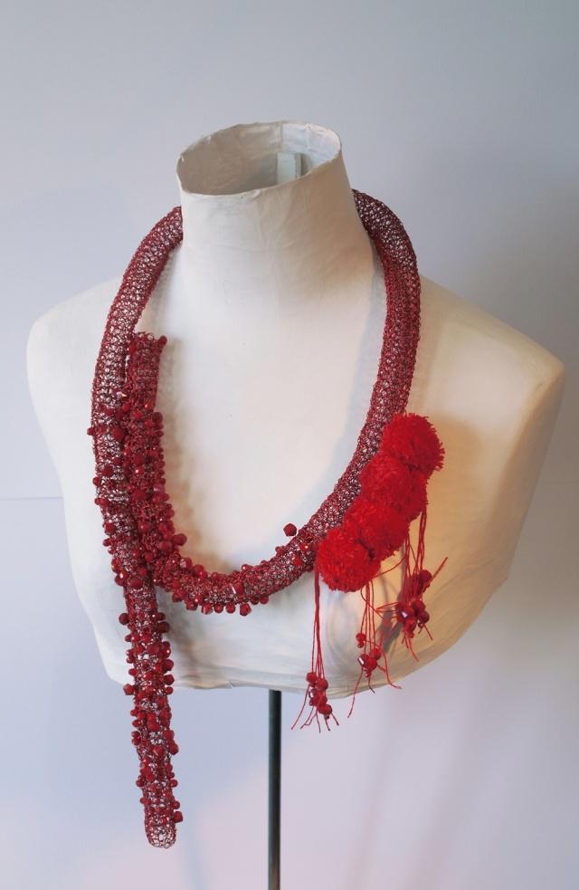 Michèle Forest - parure textile 2012 - Salon Parures & Allures