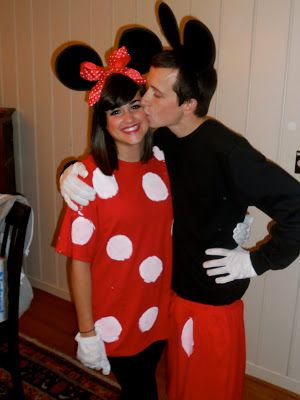 Life is a box of chocolates! : Halloween- cute couple costumes