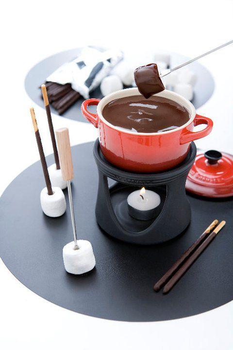 Mini chocolate fondues