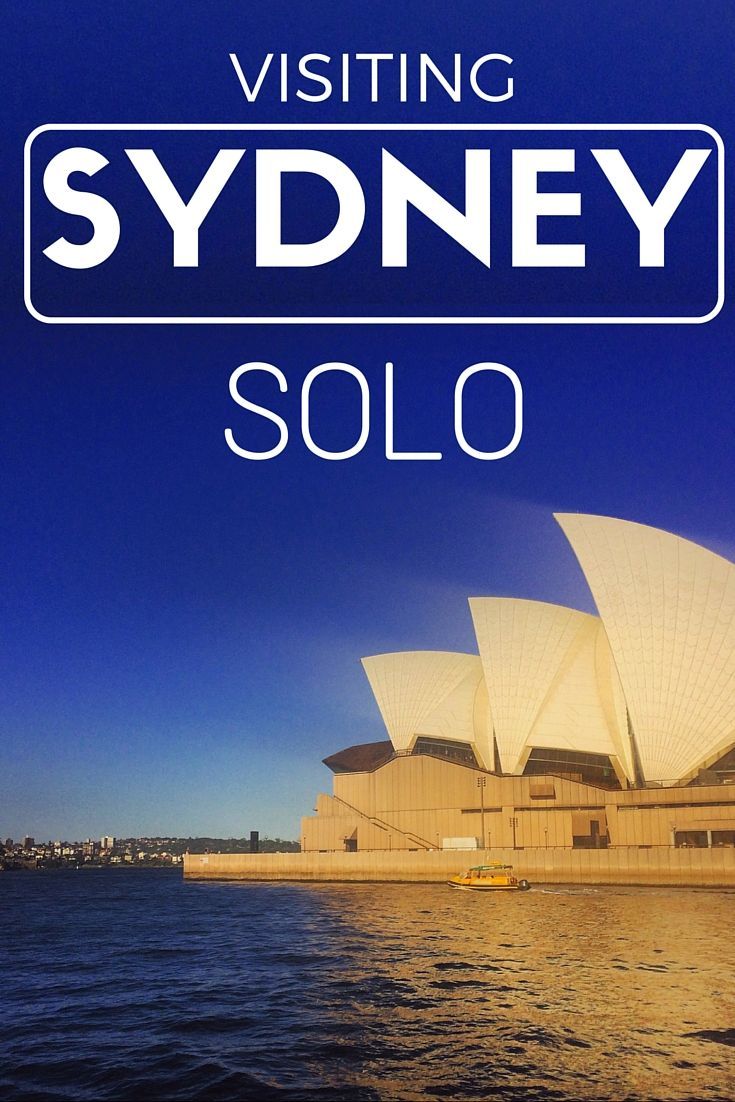 How to have an absolutely fabulous time in Sydney Australia, even if you are traveling solo. Check out this itinerary for solo female travel in Sydney - the best things in Sydney included!