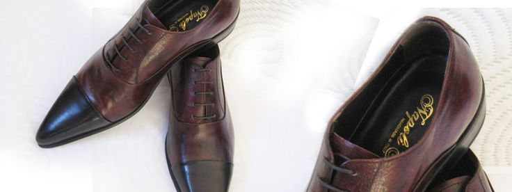 Italian people always wear nice shoes. This is true, because Italian people are famous about their shoes, but bootblacks are less to find in centers as Milan and Rome.