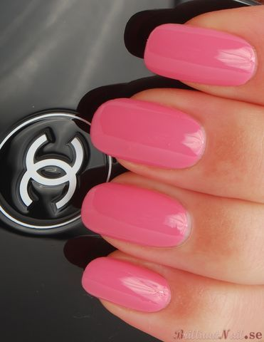 Chanel in pink..