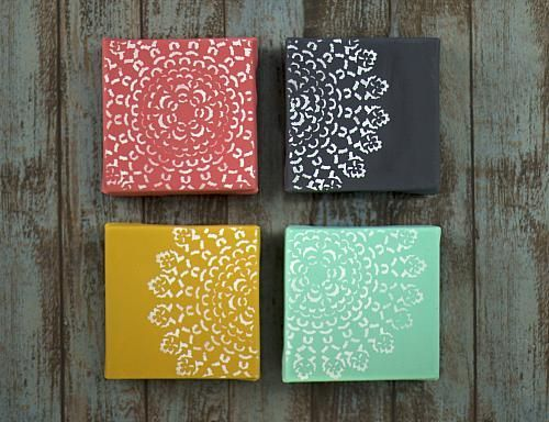Doily Quartet Art Canvas Set -- Create your own modern art to match your home's décor with Americana Acrylics. #DecoArtProjects #Americana