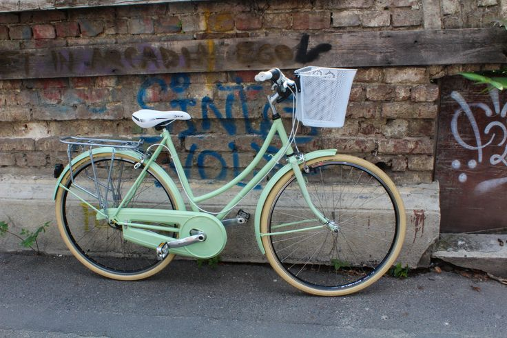 Fresh like a pistachio ice cream. Lady bicycle custom made, repainted in mint colour.