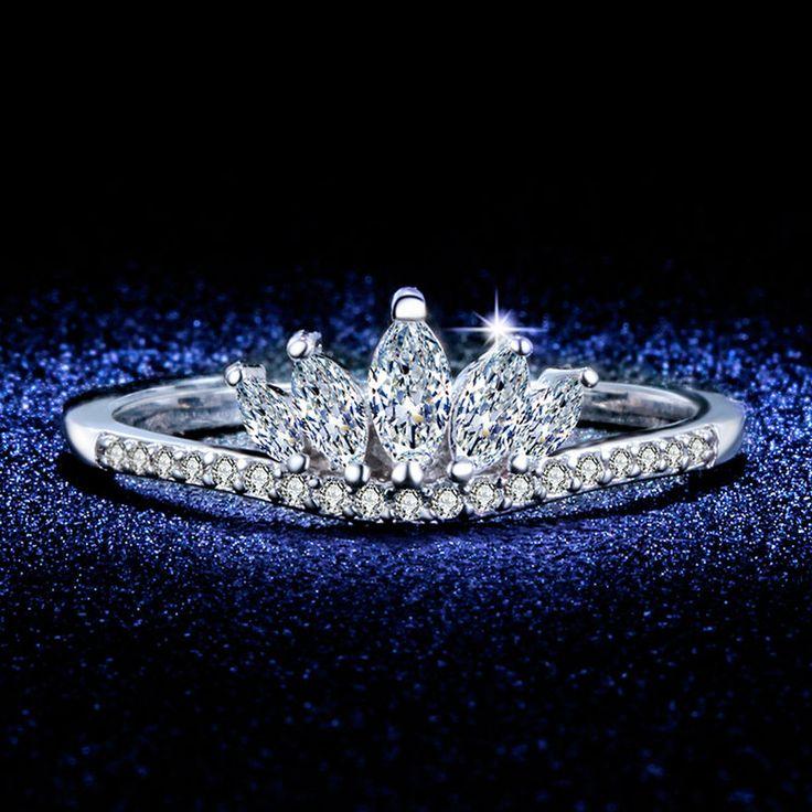 Nieuwe Elegante Koningin Zilveren Kroon Ringen Voor Vrouwen Punk Merk Fashion Prinses Crystal Sieraden Vrouwelijke Dames Ringen Bijoux L433