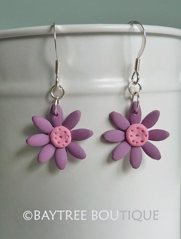 Purple polymer clay daisy earrings by Baytree Boutique