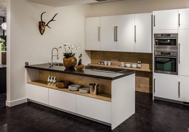 17 idee n over keuken schiereiland op pinterest keuken bartafel kleine keukens en keuken bars - Luminai re voor de keuken bar ...