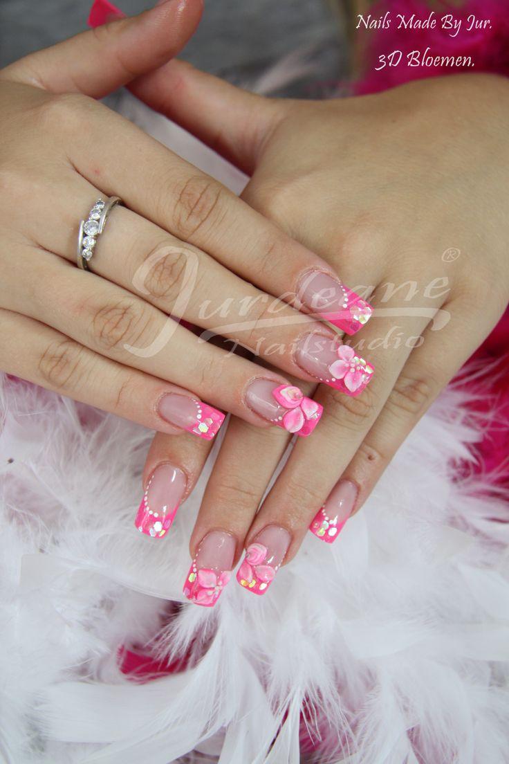 Neon roze glitter met 3d bloemen.