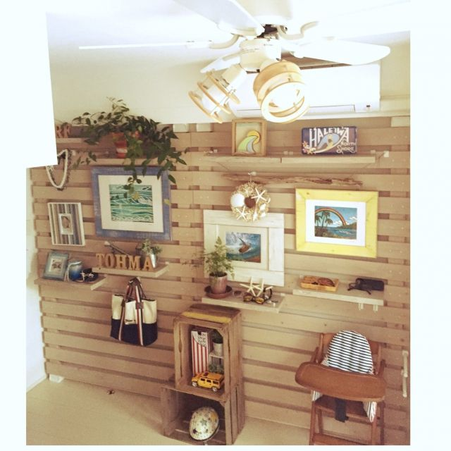 satominarikoさんの、棚,観葉植物,DIY,マンション,ディアウォール,壁面ディスプレイ,ヘザーブラウン,Hawaii♡,カリフォルニアスタイル,シーリングファンライト,クラークリトル,DemodeR,のお部屋写真