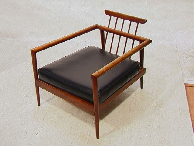 Paul McCobb lounge chair. Walnut, Black vinyl.