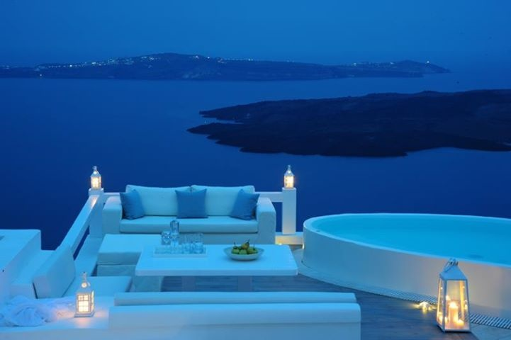 Aqua luxury suites Santorini, Greece, amazing hotel