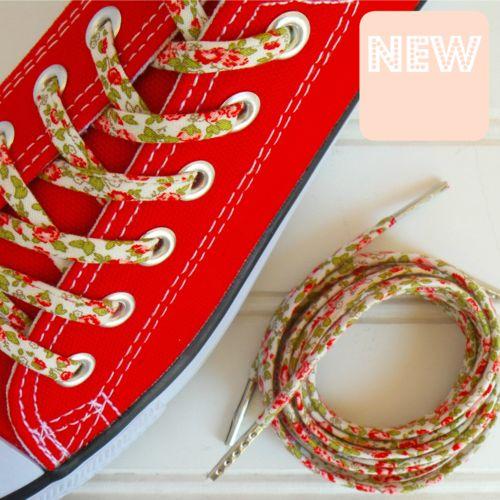 Tiny Roses Shoelaces