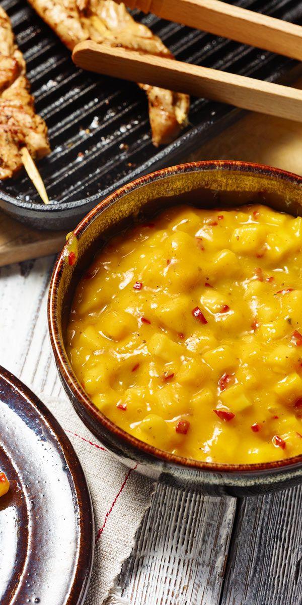 Du liebst fruchtig-scharfe Dips? Dann ist diese würzige Mango-Salsa genau das Richtige für deine nächste Grillparty!