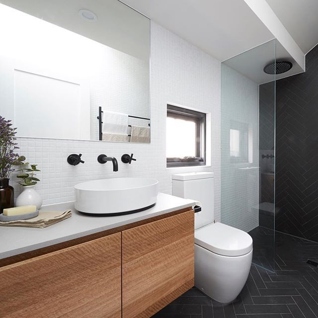 Designer kitchens, contemporary bathrooms, home offices, bespoke cabinetry, cabinet making, joinery and installation. Projects by COS Interiors, Melbourne.