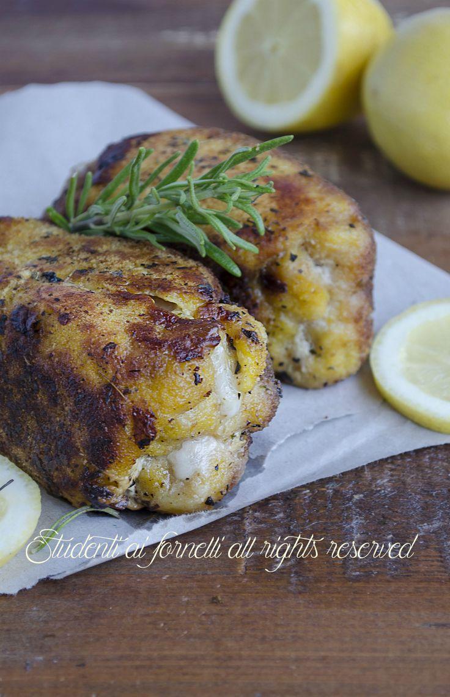 Pollo al forno impanato e saporito con scamorza