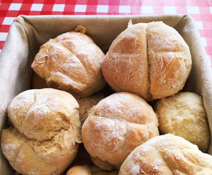 Rezept Schnelle und fluffige Brötchen von AmelieSU - Rezept der Kategorie Brot & Brötchen