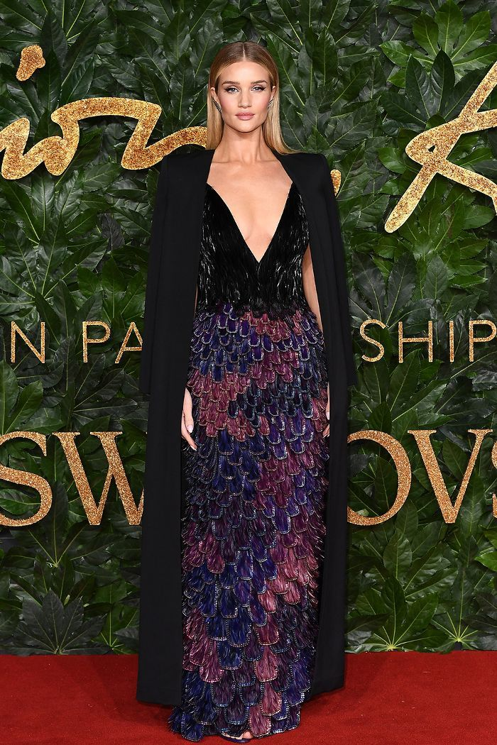 Every Outfit You Need to See From the 2018 British Fashion Awards in ... 1b53c57bb947