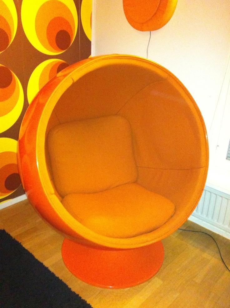 "Original Eero Aarnio ""Ball chair"", 1960's.....Lovely and vibrant orange.....♥"