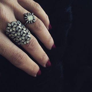 #MelissaKayeJewelry Tori Flower #ring in #18k black #gold with #diamonds #jewelry #finejewelry #blackgold #fashion #style