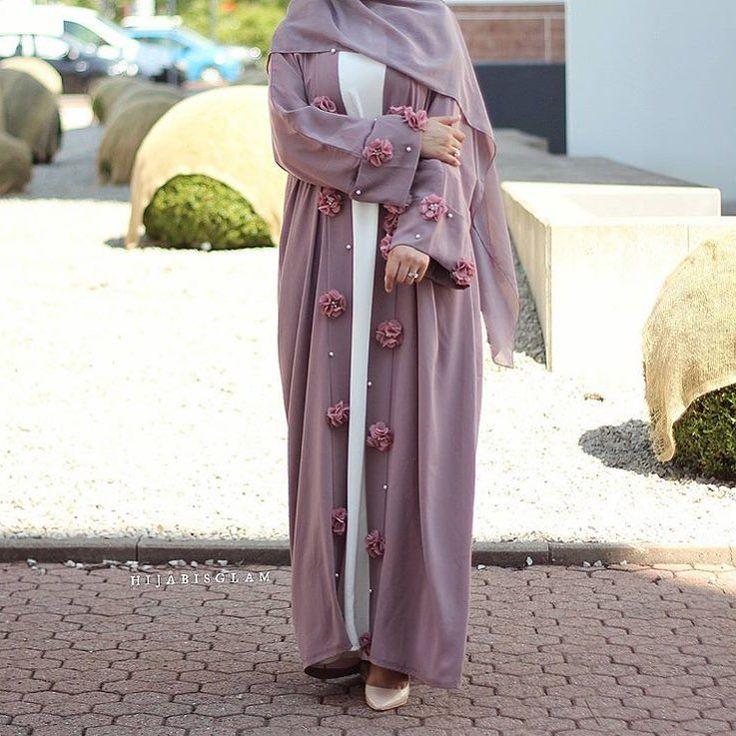 IG: HijabisGlam    IG: BeautiifulinBlack    Abaya Fashion   