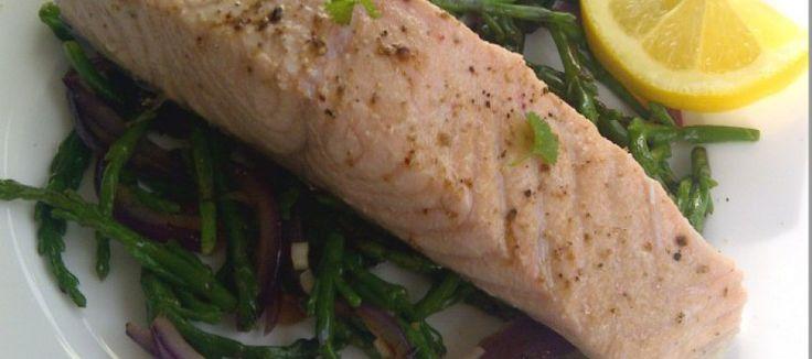 Gepocheerde zalm uit de oven met zeekraal | Lekker Tafelen