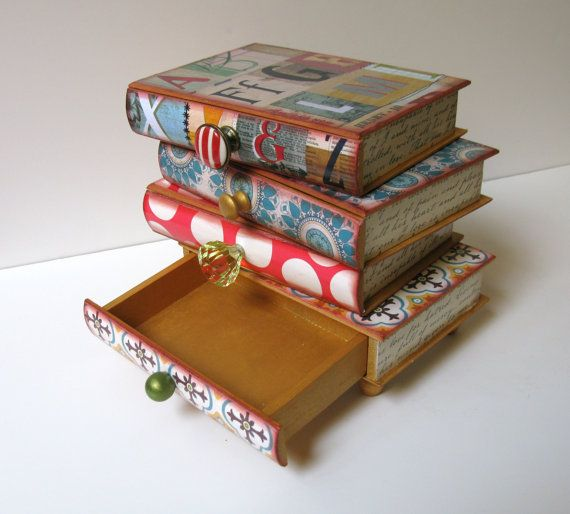 awesome book jewelry box {DIY project--- paper board books from cradt store; scrapbook paper; exacto knife, hot glue, etc.....?}