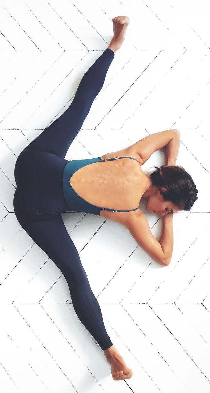 Liebe diese Yoga-Pose. #yogainspiration #yogaposes #yogagirl #yogaforbeginners #y