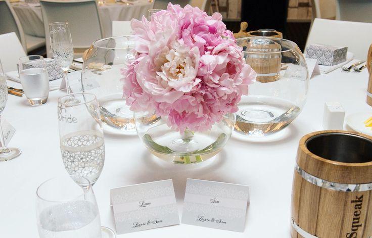 Lanie & Sam's elegant wedding reception tables. So beautiful and fresh looking!