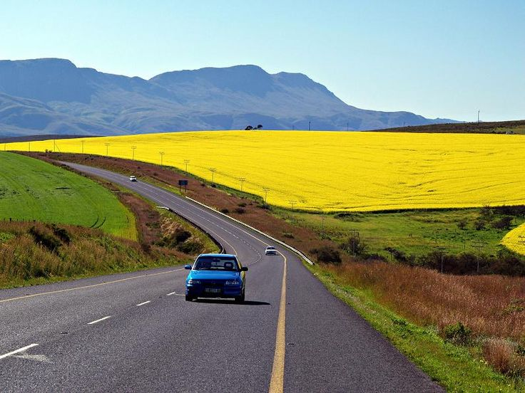 More African roads... - near Riviersonderend, Western Cape