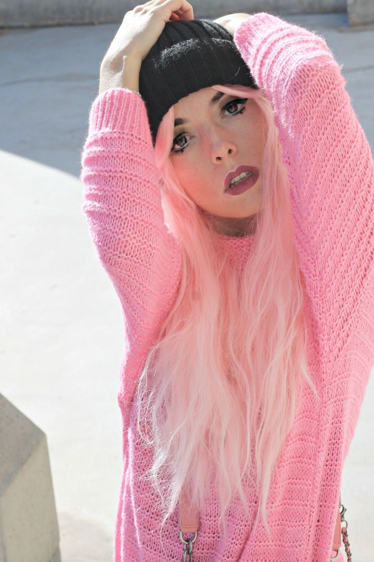 unicorni rosa, theladycracy.it, generazione y, elisa bellino, pink chanel bag, borsa chanel rosa, capelli rosa blogger, parrucche rosa, pink hair blogger, pink look 2017, blogger moda 2017, fashion blogger italia 2017, fashion blogger milano 2017, fashion blogger più seguite 2017, fashion blogger famose 2017, stivaletti plateau, unicorni mania, makeup trend 2017