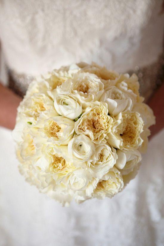 Milk & Honey wedding theme: bouquet