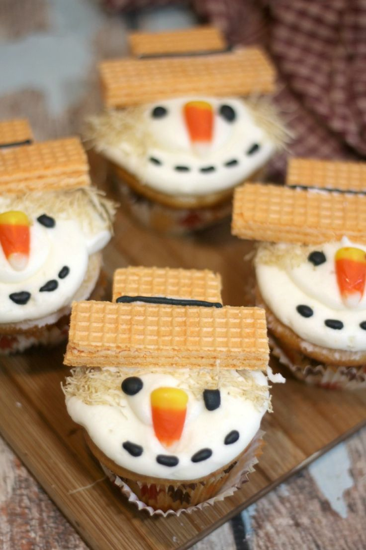 Super Duper Cute Scarecrow Cupcakes Recipe – Jenns Blah Blah Blog | Tips & Trends for Living The Family Life