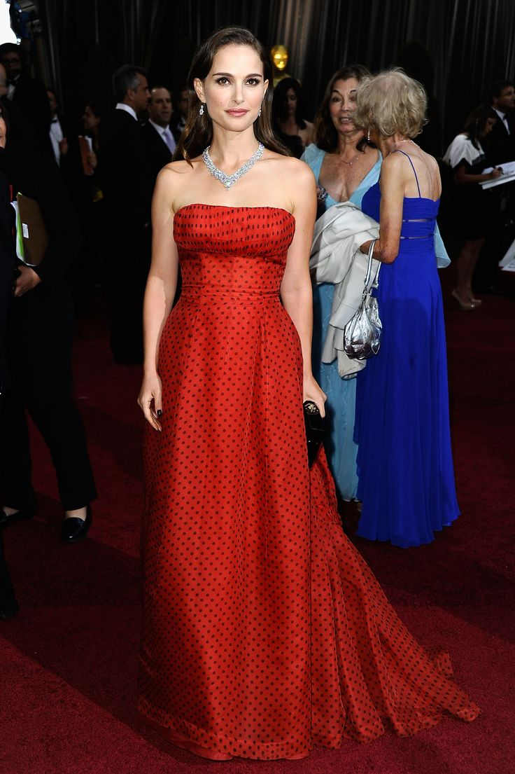 30 best The 30 Best Oscars Red Carpet Dresses of All Time images on