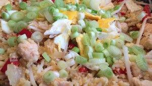 Japanse nasi zonder rijst is eigenlijk geen nasi. Dit Japanse paleo bloemkool nasi recept smaakt zelf beter dan gewone nasi! Lees verder.